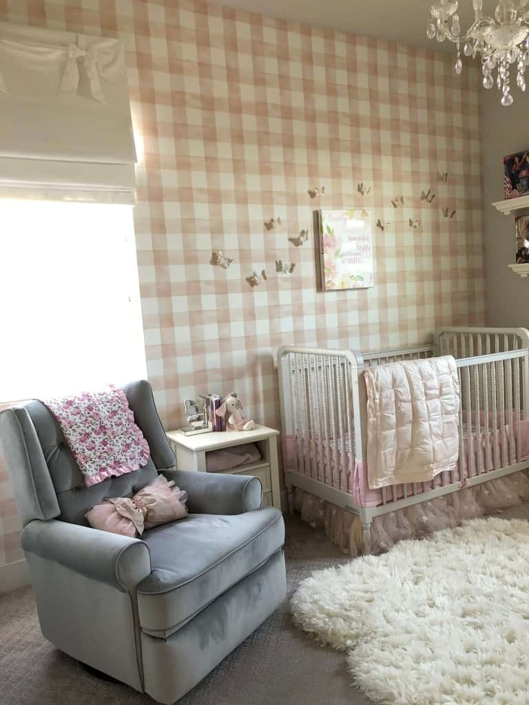 baby-girl-nursery-wall-decor