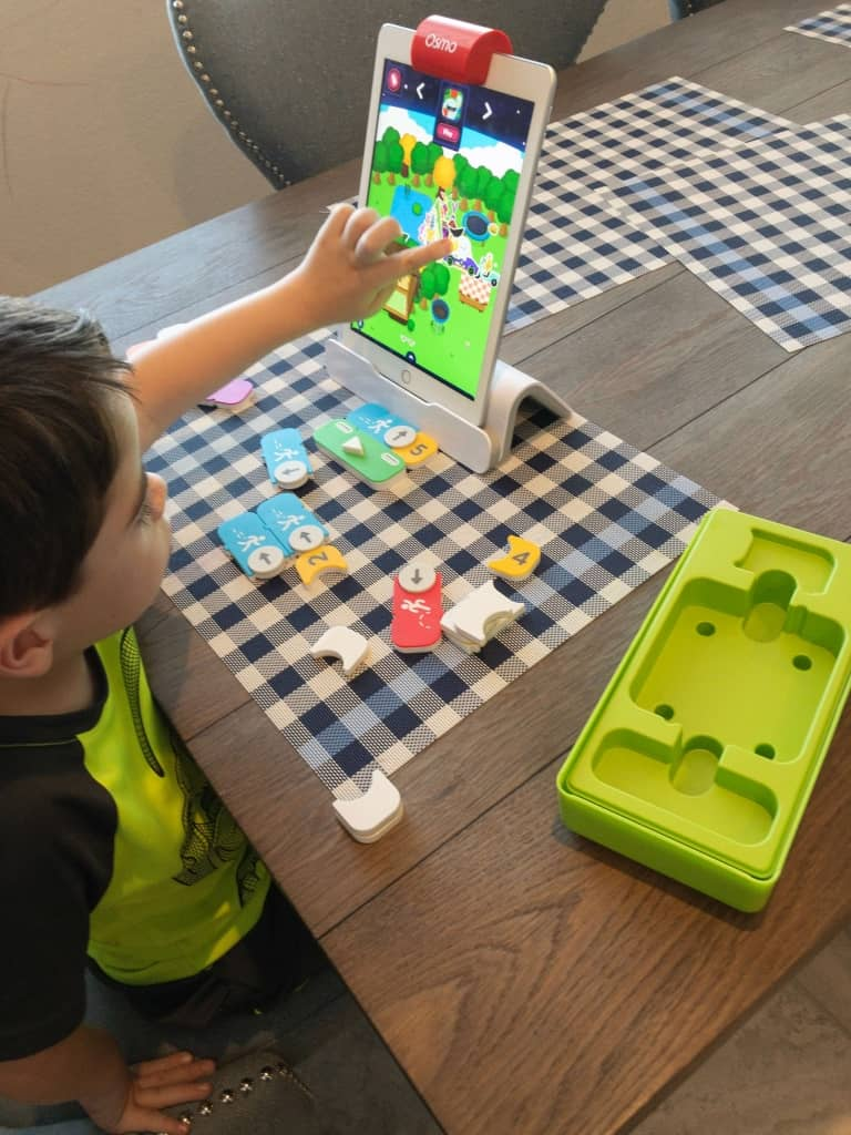 osmo-coding-with-awbie