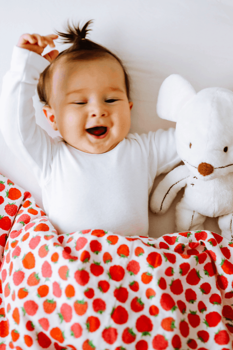 28 Sweet Girl Names with Kind Meanings