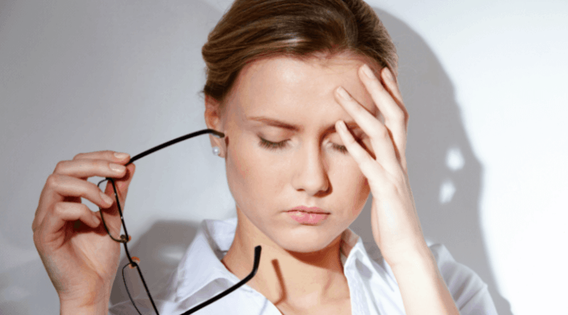 8 Natural Remedies To Eliminate Headaches Fast